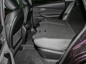 2019款TXL 1.6T 两驱钻石版 后排座椅放倒