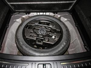 2019款TXL 1.6T 两驱钻石版 备胎
