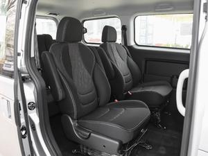 2018款宜家版 1.6L 手动豪华智能型 后排座椅