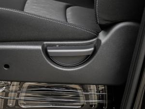 2018款宜家版 2.0L 手动豪华智能型 座椅调节