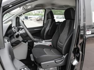 2018款宜家版 2.0L 手动豪华智能型 前排座椅