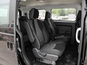 2018款宜家版 2.0L 手动豪华智能型 后排座椅