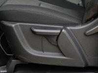 空间座椅瑞风M4座椅调节