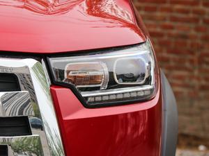 2019款探索版 2.0T 四驱尊贵型标双 汽油 头灯