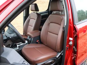 2019款探索版 2.0T 四驱尊贵型标双 汽油 前排座椅