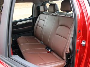 2019款探索版 2.0T 四驱尊贵型标双 汽油 后排座椅