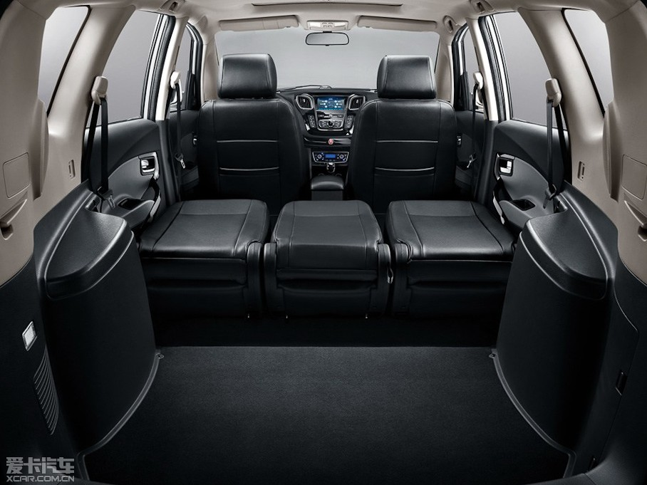 动力与油耗兼顾,轿车品质 全能商务炼成记 新和悦rs新车评测