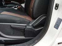 空间座椅瑞风S5座椅调节
