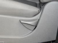 空间座椅瑞风M5座椅调节
