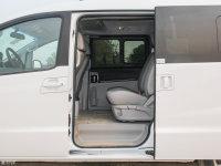 空间座椅瑞风M5后排空间