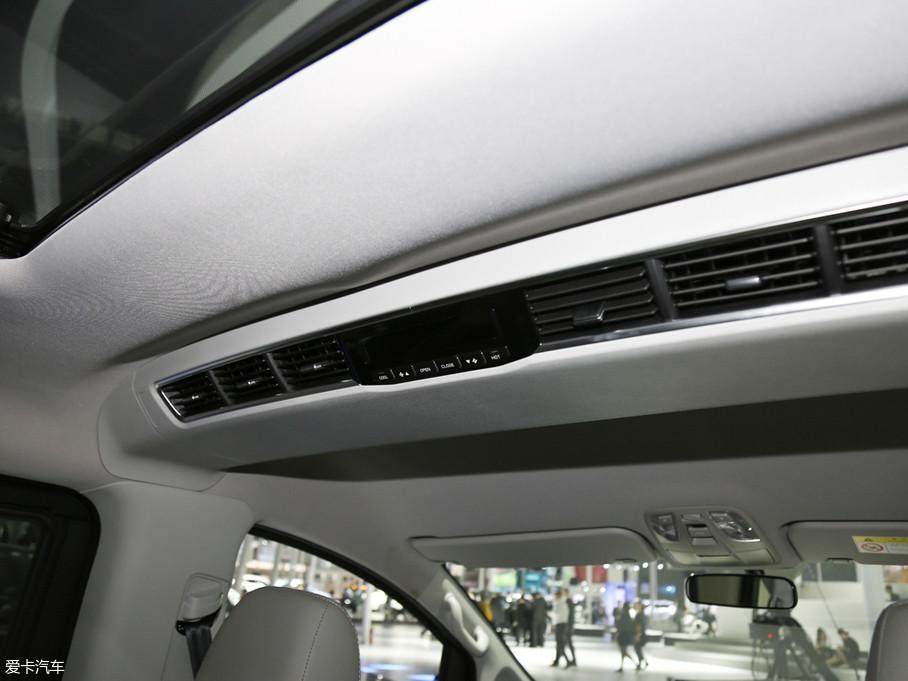 2018款瑞风M4混动豪华智能型