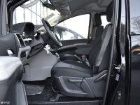 空间座椅瑞风M4混动前排空间