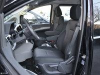 空间座椅瑞风M4混动前排座椅