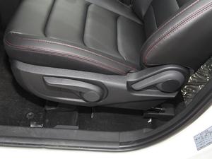2018款1.6L 手动豪华智能型 6/7座 座椅调节