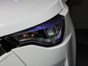 2018款1.6L CVT欧洲版 头灯