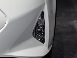 2018款1.6L CVT欧洲版 雾灯