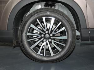2019款1.5T 手动智联型 轮胎