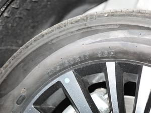 2019款1.5T 手动智联型 轮胎尺寸