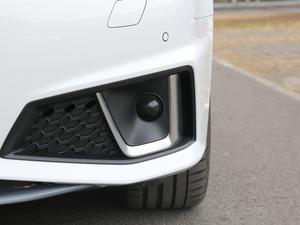 2019款45 TFSI quattro 个性运动版 国V 雾灯