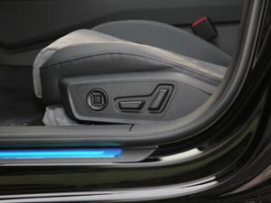 2019款45TFSI quattro 臻选动感型 座椅调节
