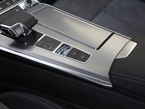 2019款45TFSI quattro 臻选动感型 驻车制动器