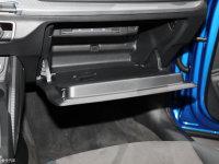 空间座椅奥迪Q2L e-tron手套箱
