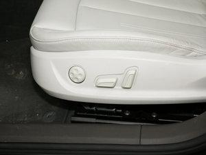 2017款45 TFSI quattro 运动型 座椅调节