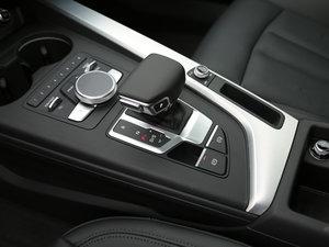 2017款45 TFSI quattro 运动型 变速挡杆