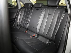2017款40 TFSI 时尚型 后排座椅