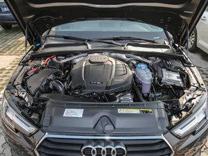 2017款40 TFSI 时尚型 发动机