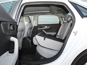 2017款40 TFSI 风尚型 后排座椅放倒