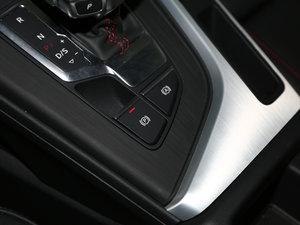2017款45 TFSI quattro 特别版 驻车制动器
