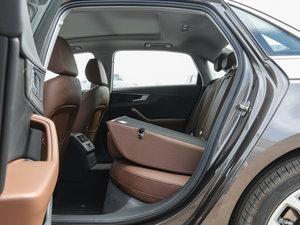 2017款Plus 45 TFSI quattro 风尚型 后排座椅放倒