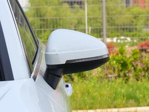 2017款45 TFSI quattro 风尚型 后视镜