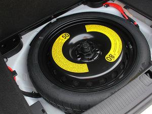 2017款45 TFSI quattro 风尚型 备胎