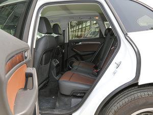 2017款40 TFSI 舒适型 后排空间