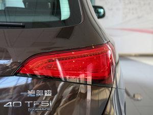 2017款40 TFSI 技术型 尾灯