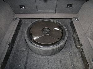 2017款40 TFSI 技术型 备胎