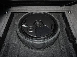 2017款40 TFSI 动感型 备胎