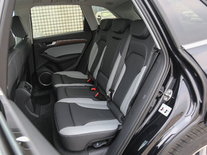 2017款Plus 40 TFSI 舒适型 后排座椅