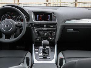 2017款Plus 40 TFSI 技术型 中控台