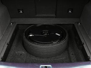 2017款Plus 40 TFSI 技术型 备胎