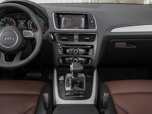 2017款Plus 40 TFSI 进取型 中控台