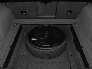 2017款Plus 40 TFSI 舒适型 备胎