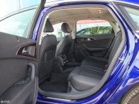空间座椅奥迪A6L e-tron后排空间