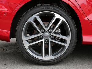 2017款40 TFSI 运动型 轮胎
