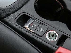 2017款30 TFSI 时尚型 驻车制动器