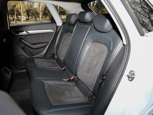2017款40 TFSI quattro 全时四驱运动型 后排座椅