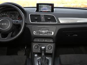 2017款40 TFSI quattro 全时四驱运动型 中控台