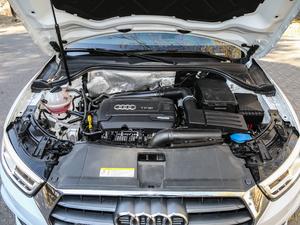 2017款40 TFSI quattro 全时四驱运动型 发动机